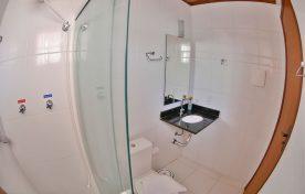 banheiro-pousada-vo-ziza-brotas-1