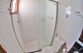 banheiro-pousada-vo-ziza-brotas-2